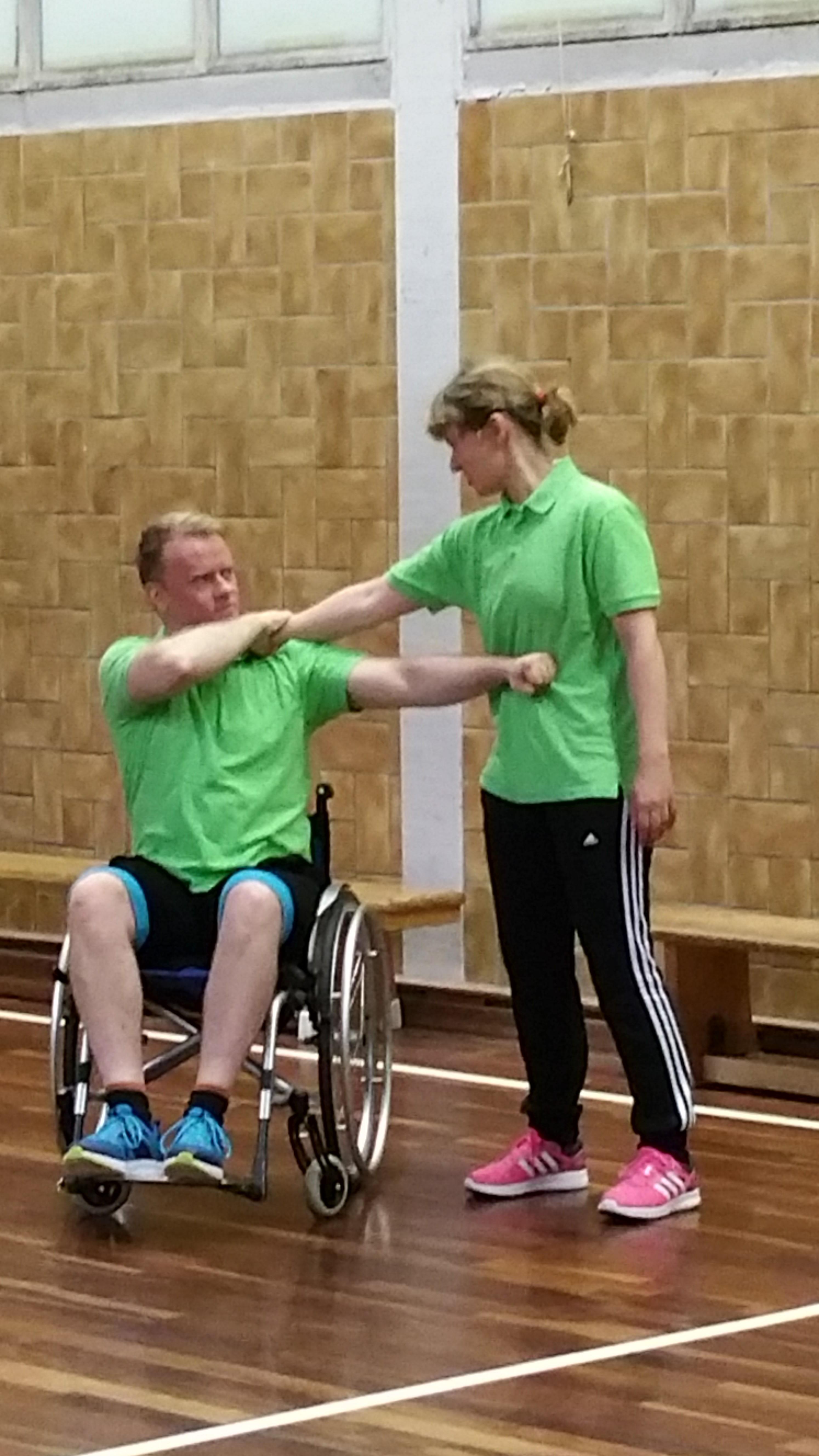 Rollstuhl SV-Kurs