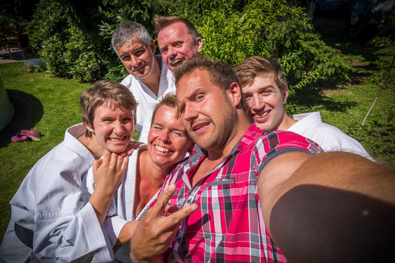 Fotoshooting im Garten mit Timo Wagner